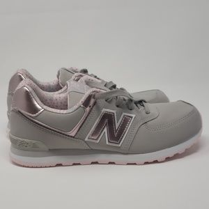 Womens Size 5.5 New Balance Shoes